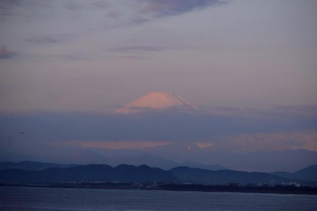 雲がかかる湘南・鵠沼海岸からの富士山 #湘南 #藤沢 #海 #波 #surfing #wave #mysky #fujisan #mtfuji #富士山