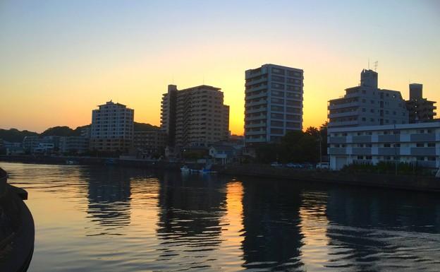 境川河口付近の夜明け #湘南 #藤沢 #川 #境川 #sunlise #夜明け #朝焼け