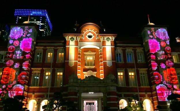 東京駅のプロジェクションマッピング #東京ミチテラス #イルミネーション #クリスマス #丸の内 #東京駅 #tokyo