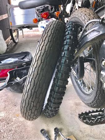 FX110 タイヤ交換