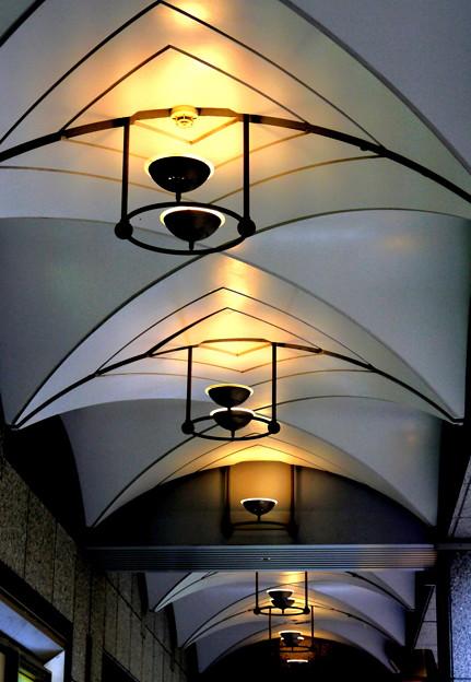 回廊の灯り