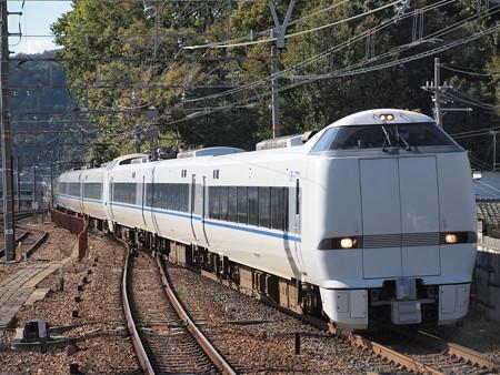 683系特急サンダーバード 東海道本線山科駅