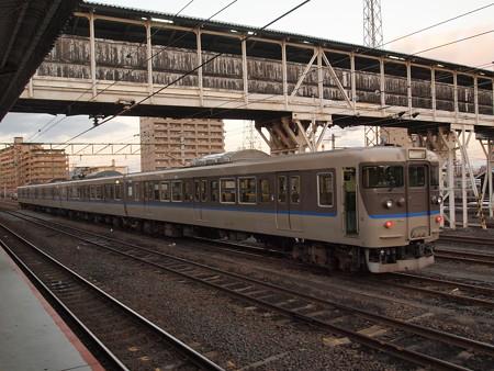 115系カフェオレ 山陽本線岩国駅