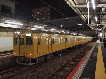 105系末期色普通 山陽本線広島駅01