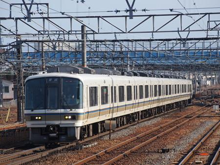 221系普通 東海道本線草津駅
