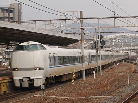 683系特急サンダーバード 東海道本線京都駅01