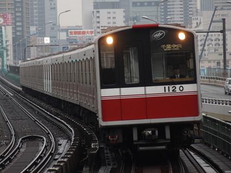 大阪市営地下鉄10系 御堂筋線西中島南方駅06