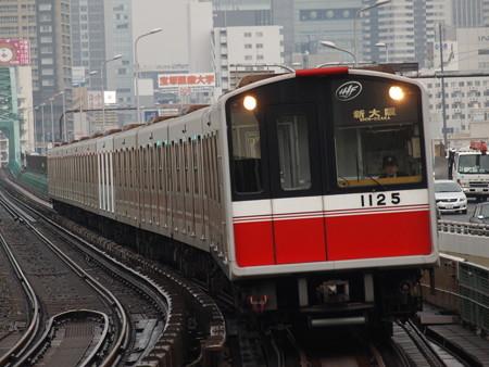 大阪市営地下鉄10系 御堂筋線西中島南方駅08