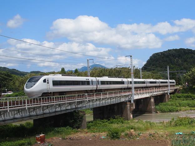 写真: 681系特急しらさぎ 北陸本線河毛~高月01