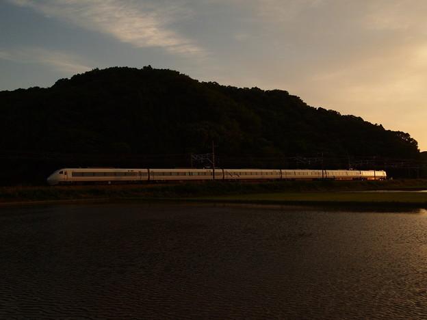 写真: 681系特急しらさぎ 東海道本線近江長岡~柏原02