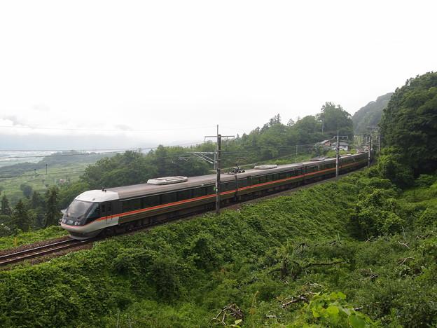 写真: 383系特急しなの 篠ノ井線姨捨~稲荷山01