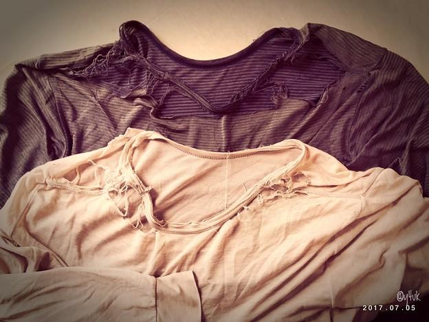 Photos: 肩だしが流行の今夏でした ~再びヒートテックの季節です~なくなく(´;ω;`)捨てた~長い付き合い愛してた