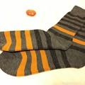 写真: ハロウィン模様な~靴下~サンタプレゼントカモンOK~晴天のきょう初履きGo~分厚さで歩け撮影も楽しい季節♪~これ商品写真ぽい!