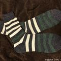 写真: 靴下2足目なくなく開封~今季1番寒すぎるから~socksでサンタさんプレゼント入れも2足で!coming ok :)