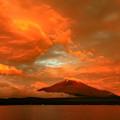 写真: 焼雲富士