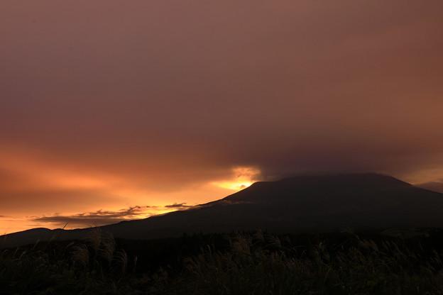 写真: 雲間への期待