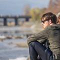 写真: 鴨川&男人