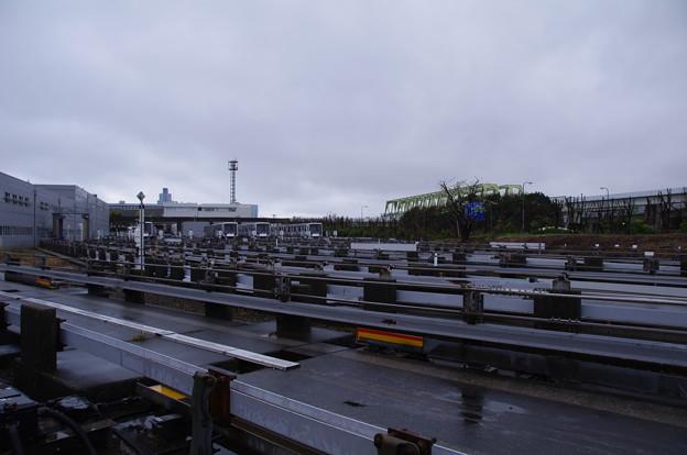 横浜シーサイドラインの車両基地
