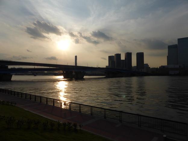 春海橋公園にて