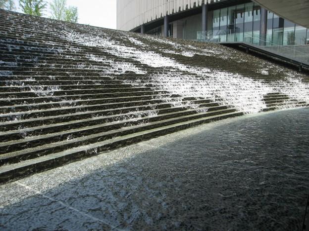 階段の滝:都会オアシス03