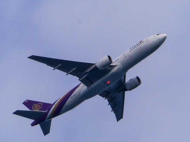 Thai Airways International 777-200 HS-TJR