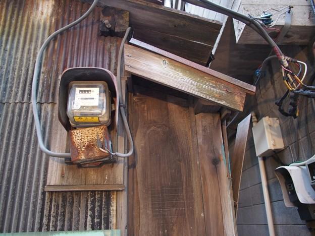 古い家の電気メーター