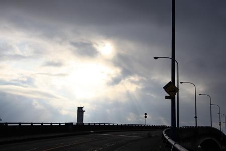 大野灯台と橋