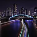 写真: 永代橋に向って