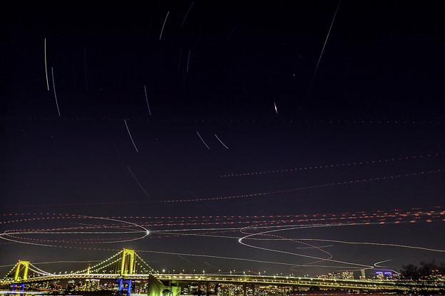写真: 夜空に描く