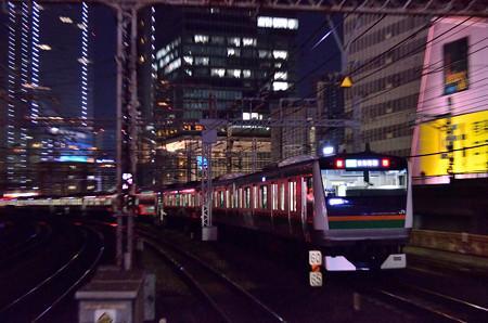 東海道線E233系