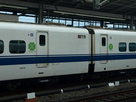 300系グリーン車(米原駅)