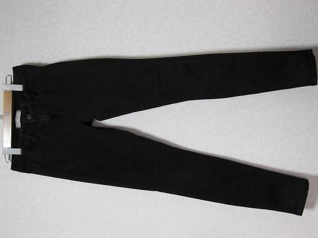 今年も買ったウルトラストレッチジーンズ黒