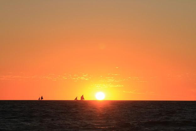 Photos: 2264 アフリカに沈む太陽@マダガスカル