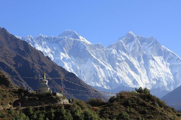 写真: 2354 エベレストとローツェを望む@ネパール