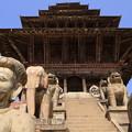 2358 古都バクタプルの五重塔@ネパール