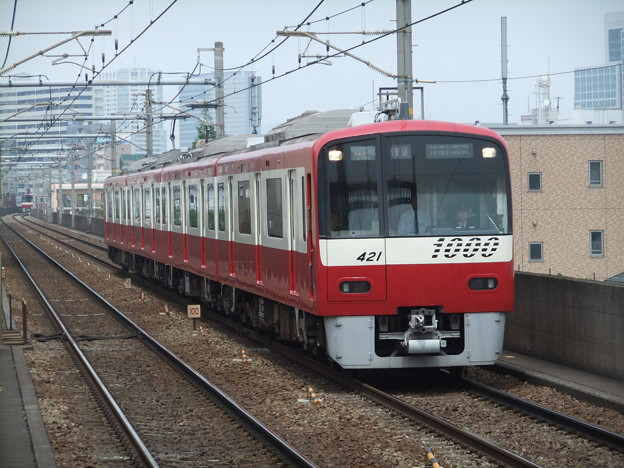 写真: 京急線新1000形 1421F
