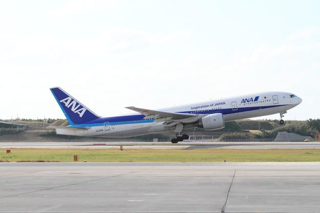 全日空 JA703A