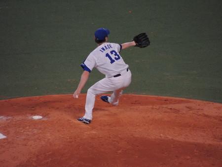 岩瀬仁紀投手。