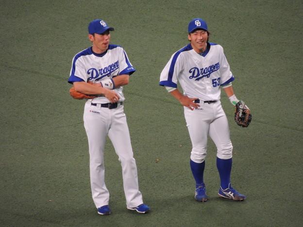 写真: 荒木さんと亀澤くん。