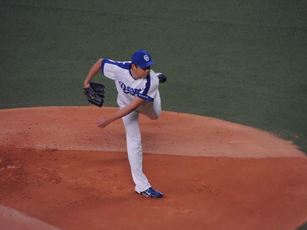 写真: 大野投手。
