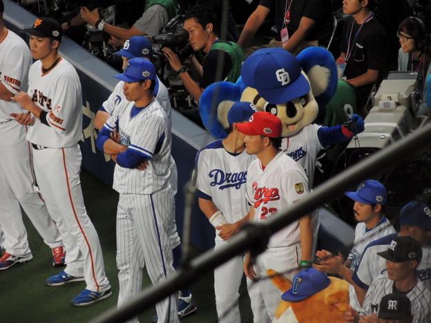 写真: 大島選手と自撮り。