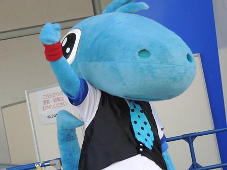 9/23(土) 横浜戦のDステでオールディーズなチアドラ、グランドでオープニングダンス♪とかとか。