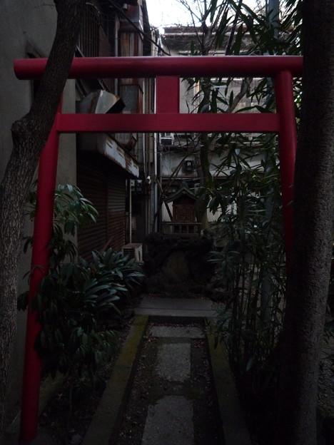 稲荷社(江東区永代) 3