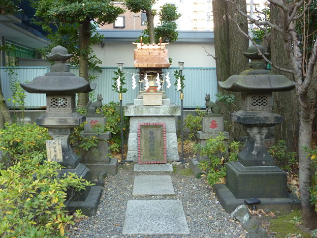 藤森稲荷神社(猿江神社 内) 03