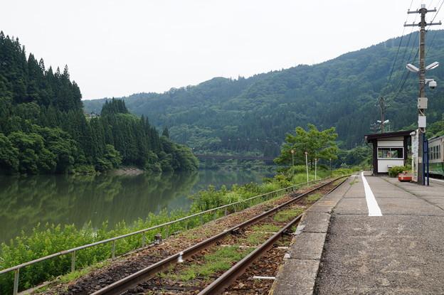 会津川口駅にて 2