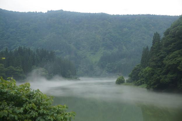 只見川の川霧 4