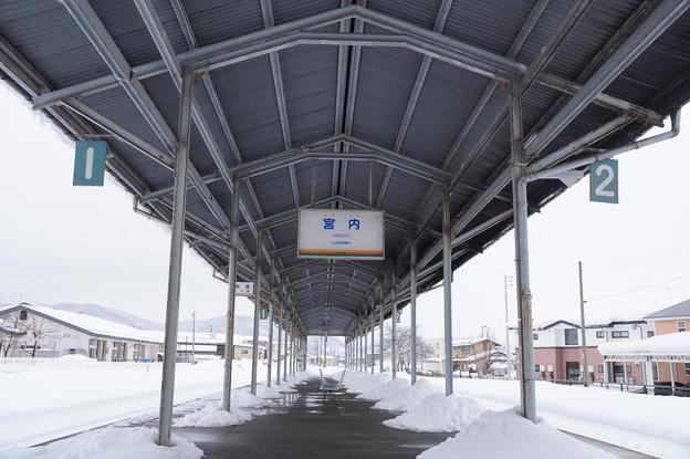 宮内駅のホーム