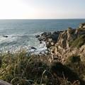 写真: 犬吠埼灯台下の荒海 (1)