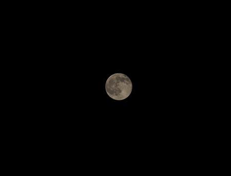 月は見えるか