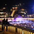 写真: 草津温泉 夜の湯畑